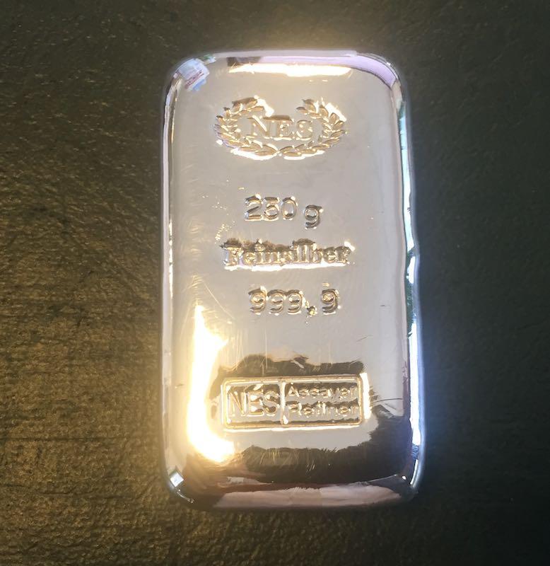 250g-Silberbarren-9999-NES-Sargform-gegossen